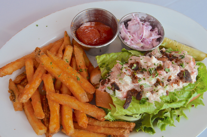 Lobster Roll the dory shelter island