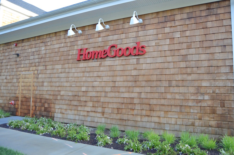 HomeGoods Celebrates their Grand Opening in Wainscott
