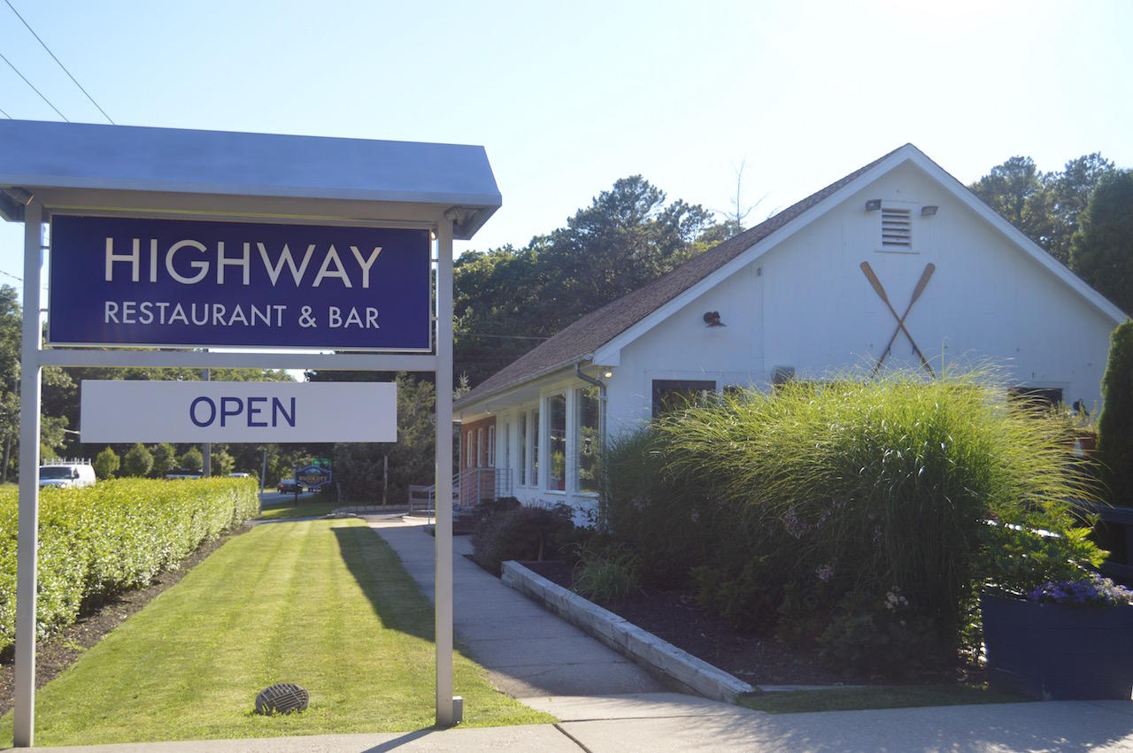 Highway Restaurant and Bar