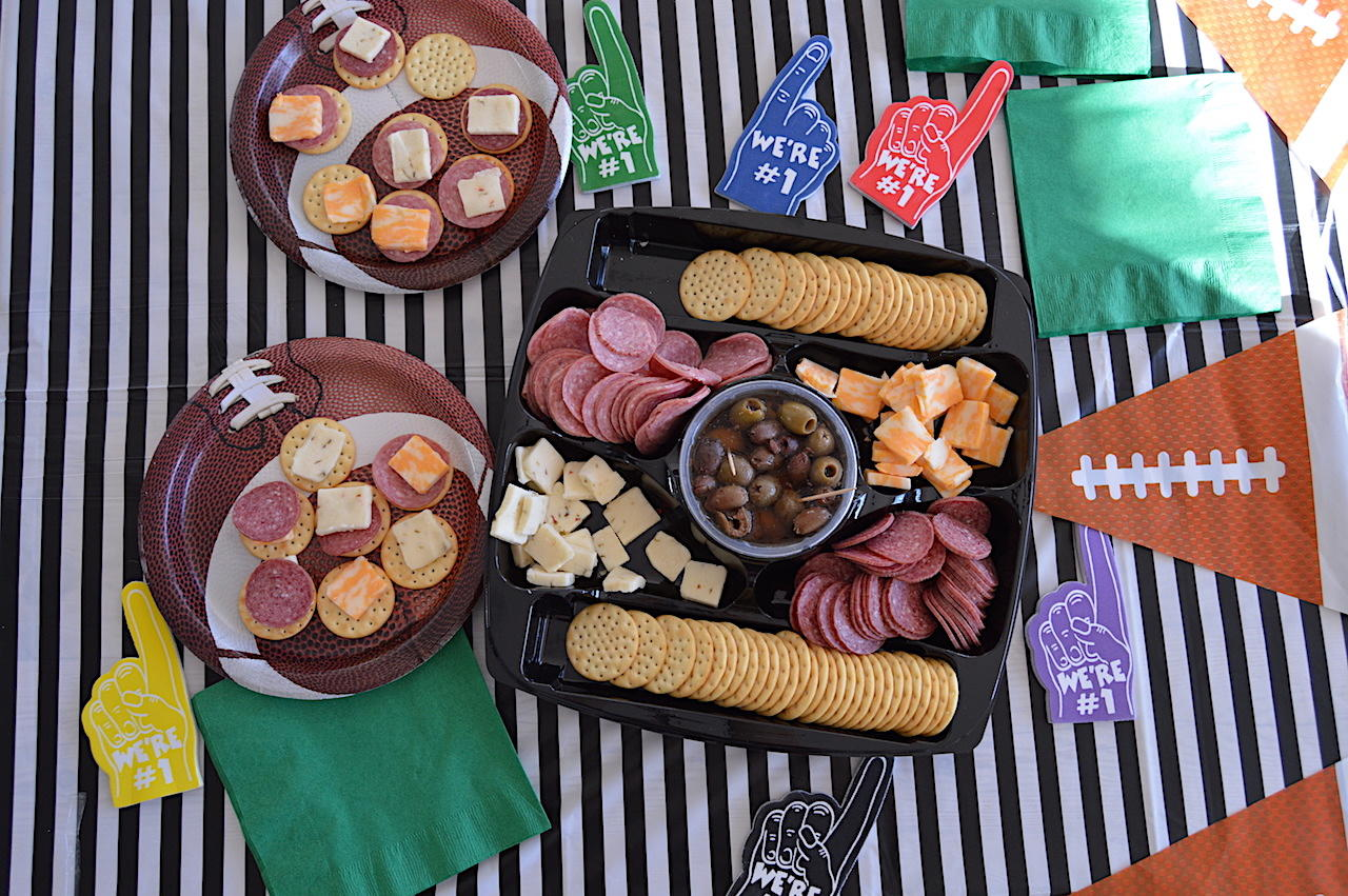 HORMEL GATHERINGS® Party Tray Review and Giveaway