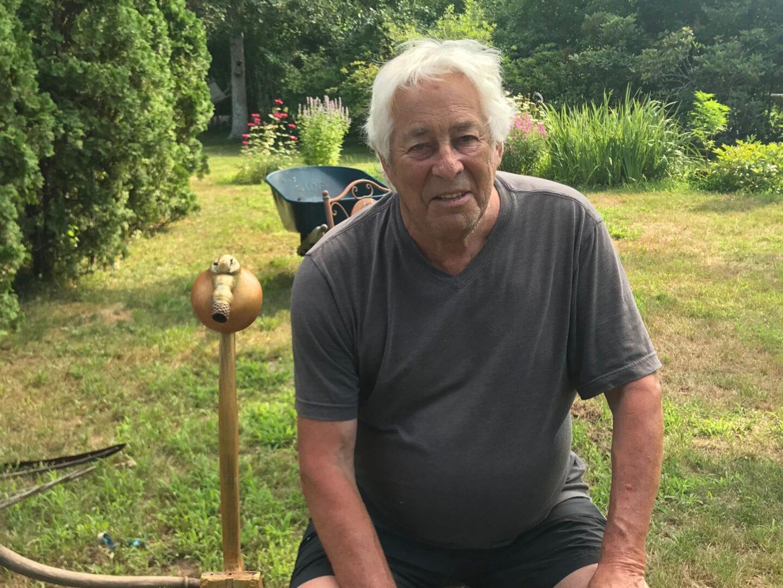 Jonathan in garden -min