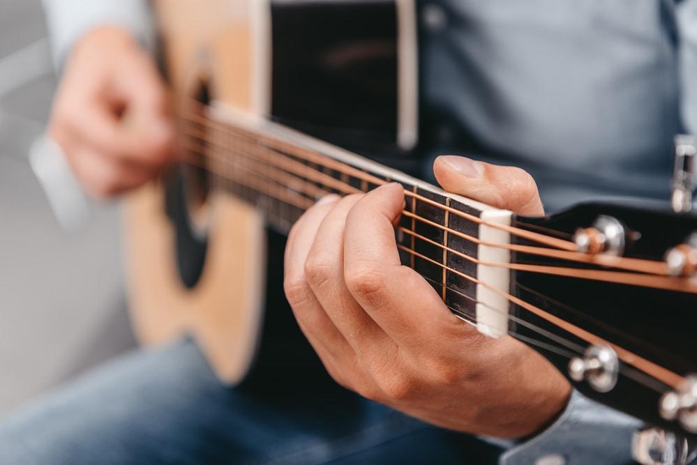 guitar love longs east end taste