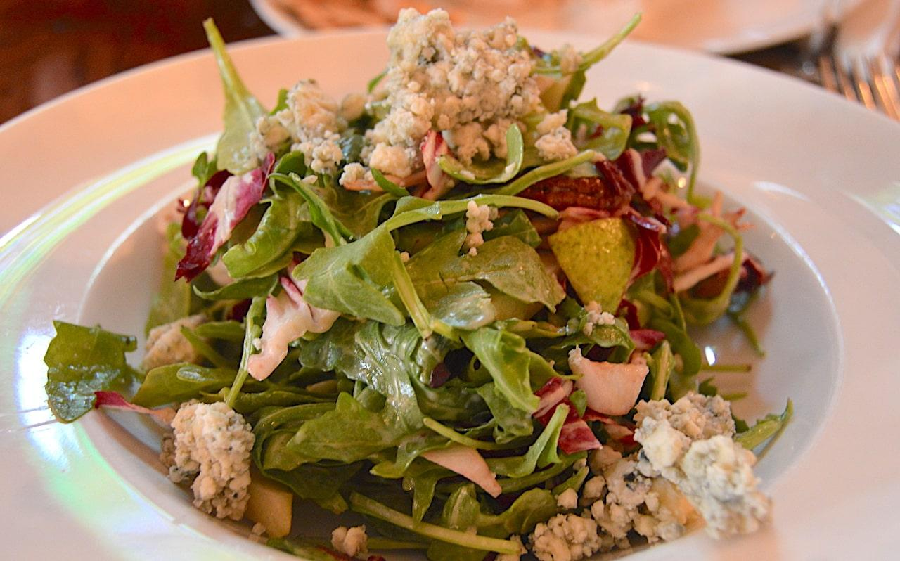 indian wells tavern amagansett salad east end taste