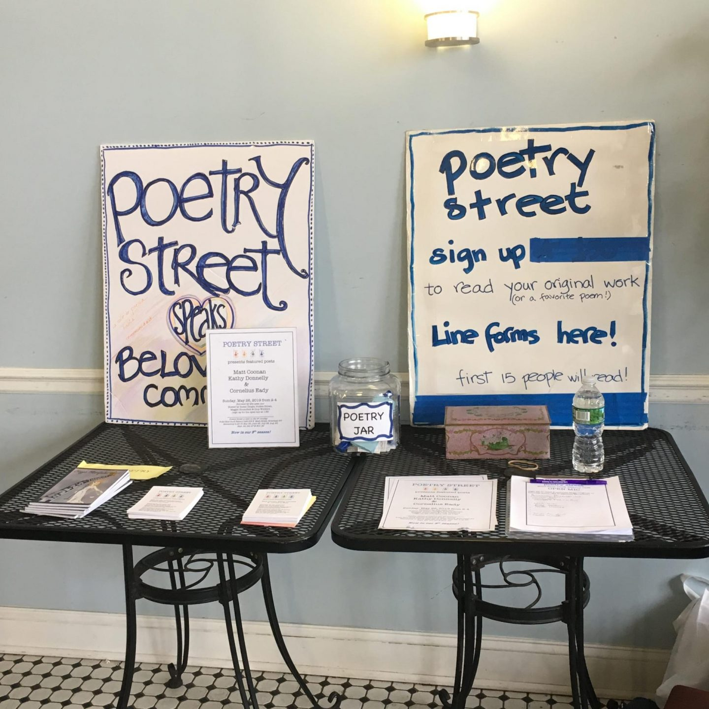 Poetry Street 2 – Set Up-min
