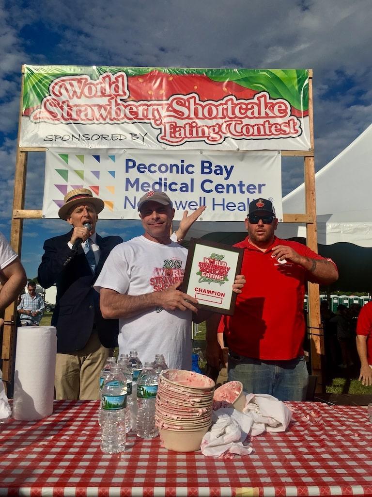 Strawberry Fest_05 (shortcake contest)-min