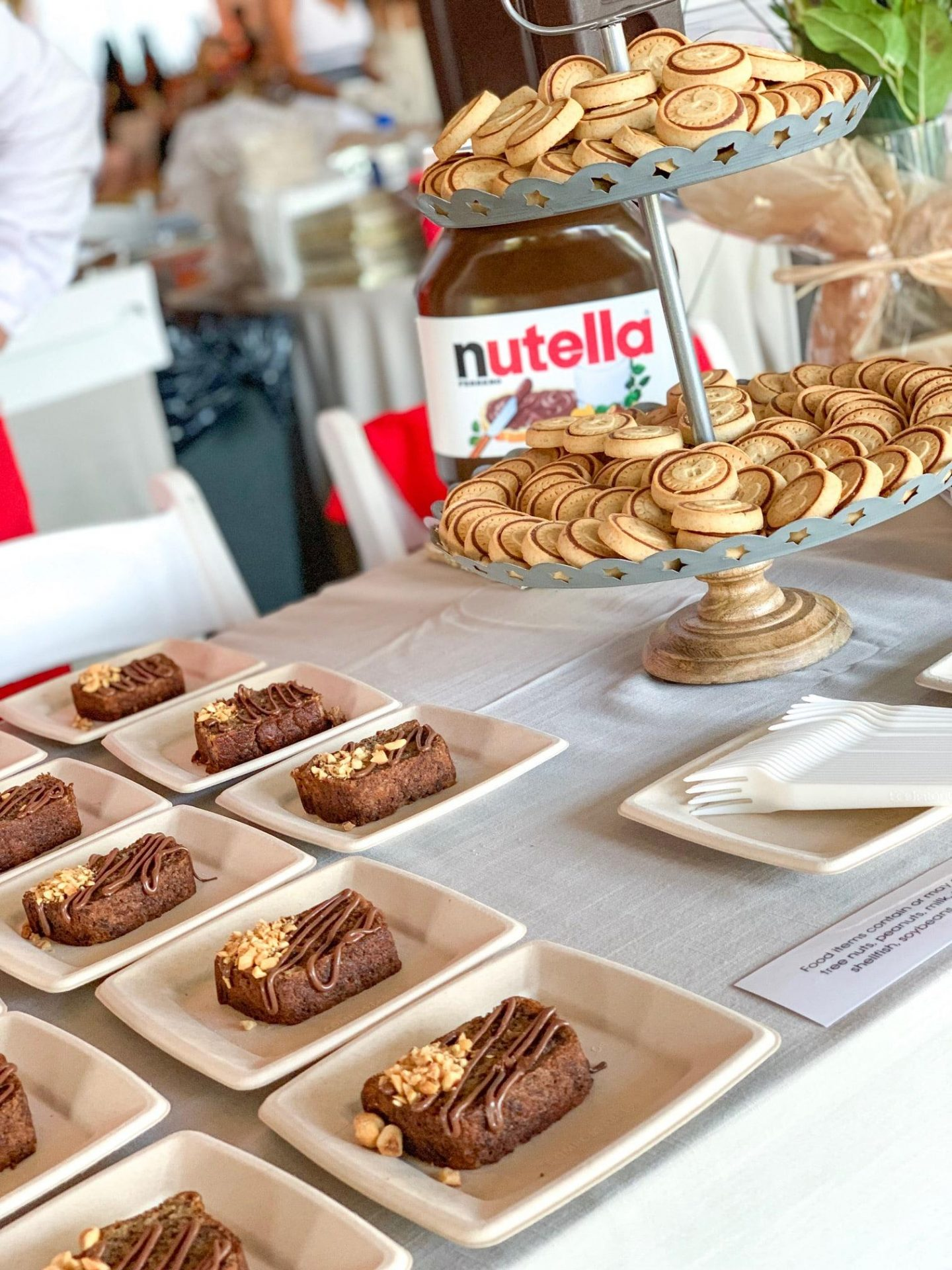 hamptons happening samuel waxman cancer event east end taste nutella dessert station