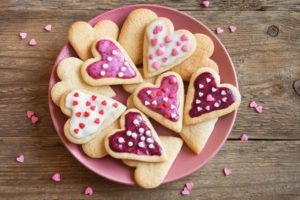 valentine's day heart shaped cookies sugar icing