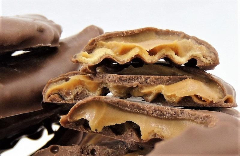 chocolate pizza company peanut butter wings